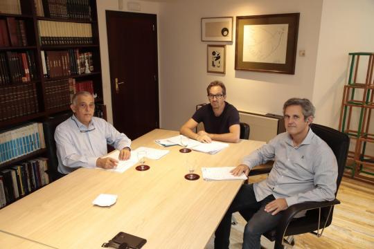 Desde la izquierda, Ricardo Moreno, de Secot; Lluís Arague, IFOC y Pedro Rullán, Grup Serra.